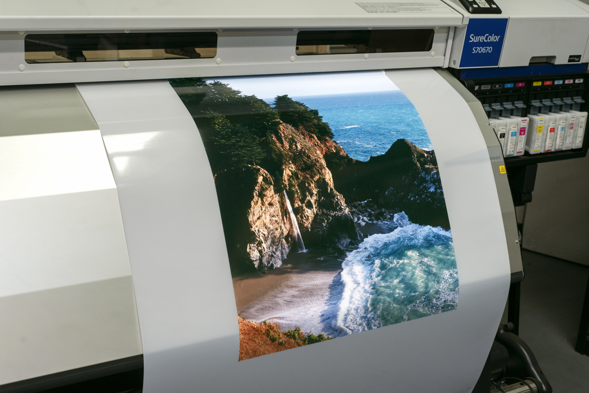 Backlit-Film-Glossy-Solvent
