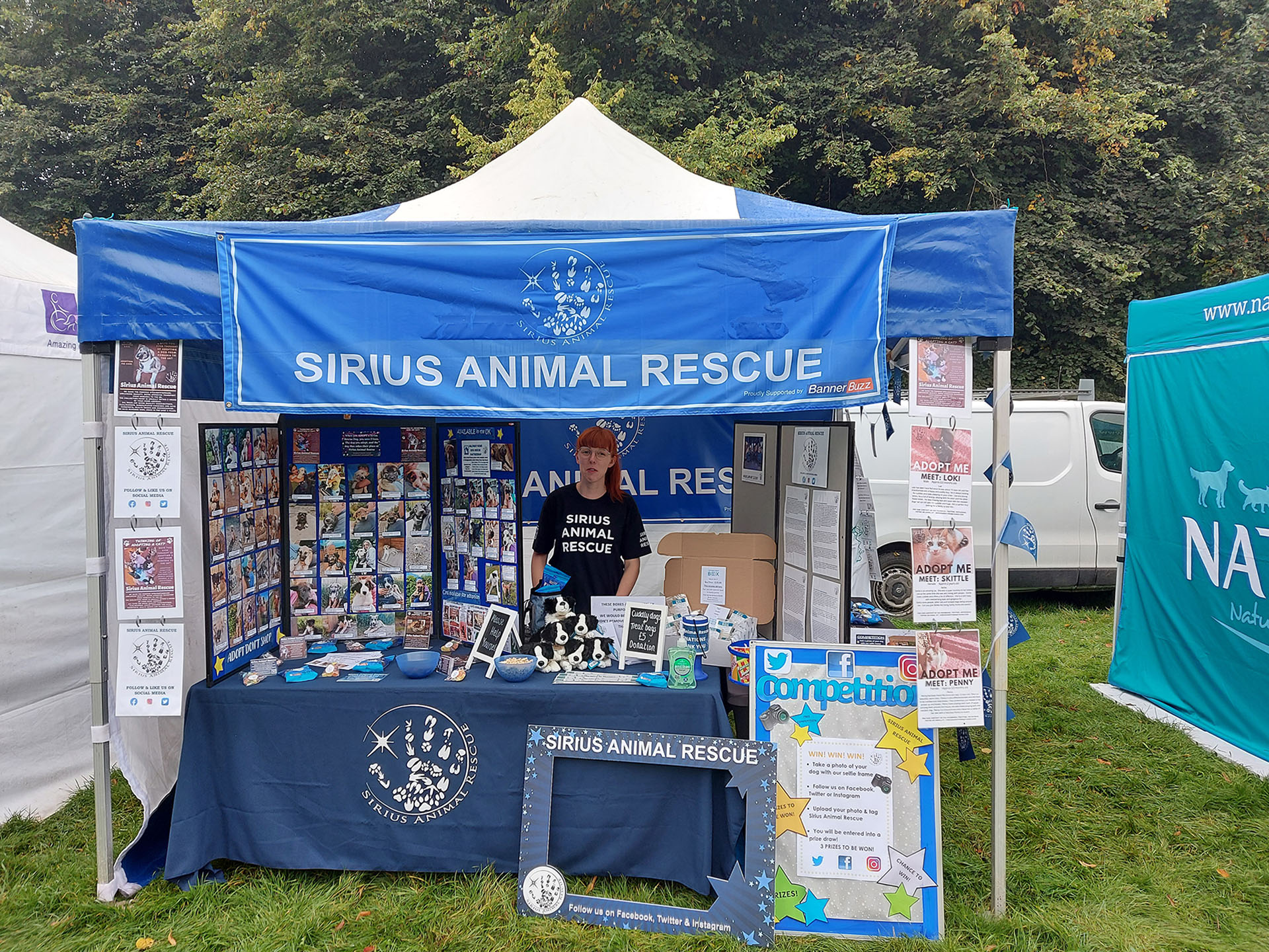 BannerBuzz Lending a Paw at Dogfest in UK